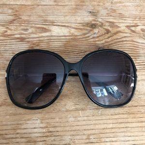 Accessories - Women's Gucci Sunglasses